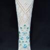 Calza fallera con bordado floral en azul celeste de tamaño medio